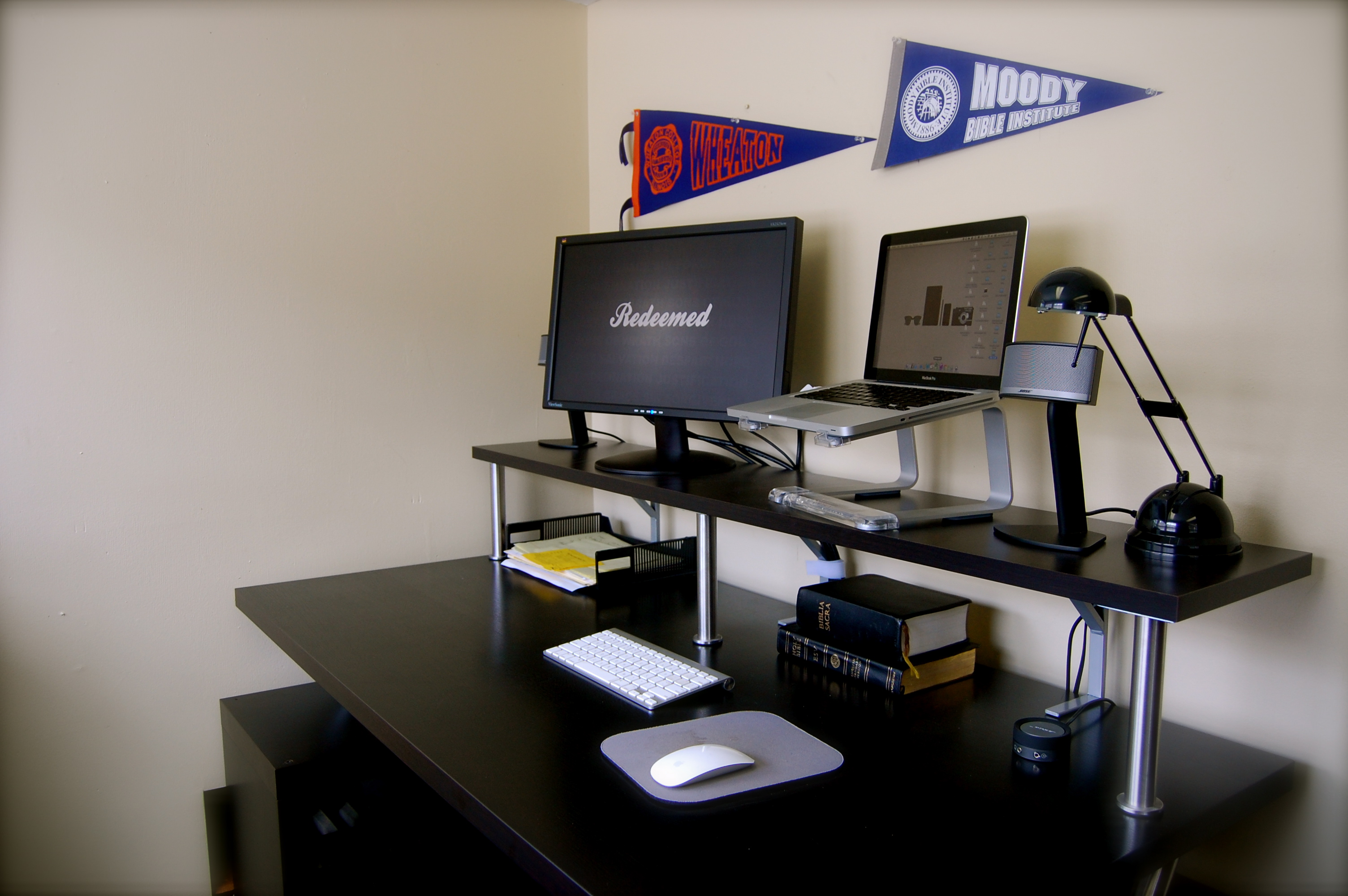 How to Build a Do It Yourself, Ikea-Hacked, Stand Up Desk ...